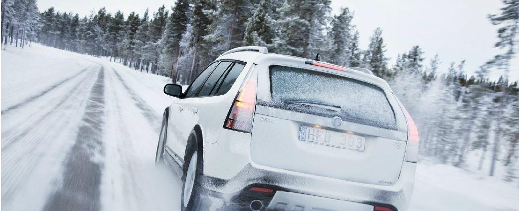 Auto in Snow